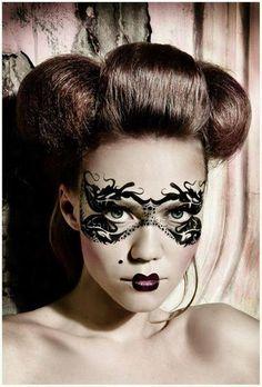 Make-Up Magazine Romania MUA: Matilda | Makeup mask beauty fashion art. Go green for leprechaun fancy dress.