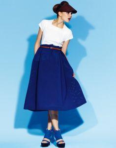 fashion, skirt, Damernas Värld, shoes, blue, fashion magazine, Damernas Värld