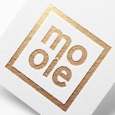 Logo dla Firmy Mooie - branża odzieżowa