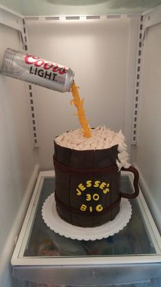 Gravity Beer Mug Cake Beer Mug Cake, Gravity Cake, Theme Cakes, Ceramic Tableware, The Fool, Jay, Handle, Baking, Mugs