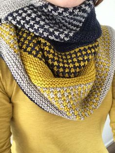Snow Day Shawl by Knitting Expat Designs ~ Malabrigo Yarn Rios in Frank Ochre, Pearl & Paris Night . Shawl Patterns, Knitting Patterns, Knitting Designs, Easy Patterns, Crochet Ideas, Knit Or Crochet, Crochet Shawl, Ravelry Crochet, Tuto Tricot