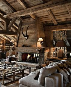 Beautiful Farmhouse Style Fireplace Ideas – Decorating Ideas - Home Decor Ideas and Tips Chalet Design, Cabin Interiors, Rustic Interiors, Chalet Interior, French Interior, Fireplace Design, Fireplace Ideas, Rustic Fireplaces, Lodge Style