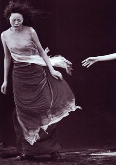 touch .. X ღɱɧღ || A Windy Summer Peter Lindbergh for Vogue Italia May 1999 ""