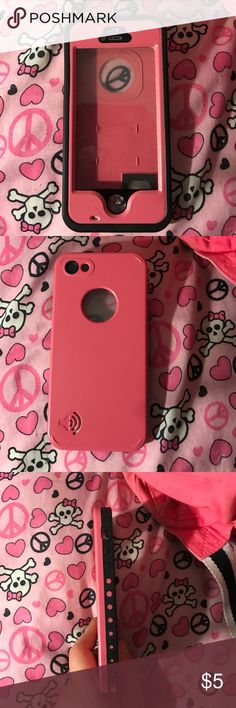 iPhone 5/5s life proof case iPhones 5/5s life proof case. Used a couple times. Pink and black. Works good Accessories Phone Cases