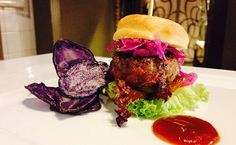 hamburger and purple potatoes chips