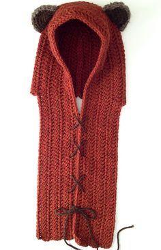 not really knitting but meh! It's a flippin' ewok hat! Yub Nub Scoodie crochet pattern for little Ewok fans! Free on Ravelry. Crochet Gratis, Free Crochet, Knit Crochet, Knitted Cowls, Crochet Hood, Crochet Geek, Crotchet, Crochet Roses, Crochet Birds