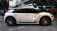 Citroen's hybrid concept car gets 115 mpg from thin air (hands-on)