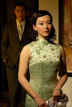 Chinese Gown, Cheongsam, Wedding Shoot, Traditional Dresses, Sexy Women, High Neck Dress, Sari, Gowns, Actresses