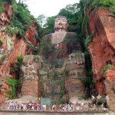 Лэшань Гигантский Будда, Китай