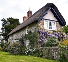 Wisteria & Old Thatch Cottage