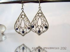 Asuntos imaxinarios- CLÁSICAS Earrings XII - stainless steel, silver plated copper wire, sodalites.