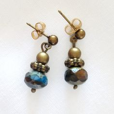 Blue and Green Bronze Earrings by StrandzJewelry on Etsy Czech Glass Beads, Round Beads, Bronze, Turquoise, Drop Earrings, Unique, Green, Handmade, Blue