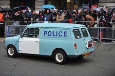 Police van by Colin Dean British Police Cars, Old Police Cars, Old Vintage Cars, Vintage Vans, Antique Cars, Mini Trucks, Old Trucks, Classic Trucks, Classic Cars