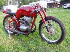 jawa Moto Bike, Old Bikes, Racing, Bike Stuff, Vehicles, South Africa, Transportation, Wheels, Auto Racing