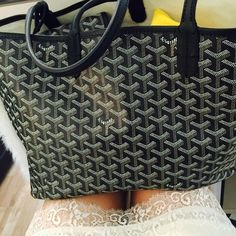 celine luggage tote online shop - Replica Bags Advice and Guides on Pinterest | Replica Handbags ...