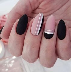 50 Trendy Stunning Manicure Ideas For Short Acrylic Nails These trendy Nail Designs ideas would gain you amazing compliments. Check out our gallery for more ideas these are trendy this year. Square Nail Designs, Black Nail Designs, Nail Art Designs, Nails Design, Short Square Nails, Short Nails, Long Nails, Stylish Nails, Trendy Nails