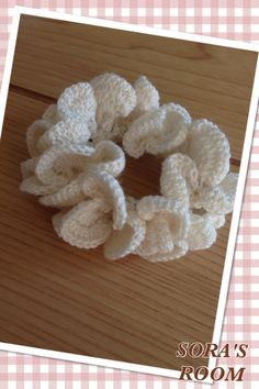 ふわり*お花のようなシュシュの作り方 編み物 編み物・手芸・ソーイング アトリエ