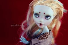 Monsterhigh Lagoona repaint | Flickr - Photo Sharing!