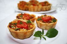 Mini Tarts with Chicken