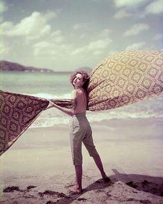 Suzy Parker, photo by Milton Greene, LIFE 1951