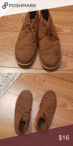 Men's Suede Chukka Boots Men's Suede Chukka Boots  Size 9 GAP Shoes Chukka Boots