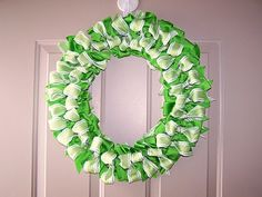 I think I am going to make this wreath this weekend for st. Patty's day it is really cute!!