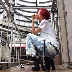 赤髪ショート! #あそこの屋上 #sugarcranz #diorhomme #levis #johnsbyjohnny #alexanderwang