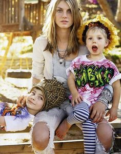 Angella Lindvall and her kids