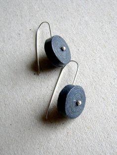 recycled newspaper earrings   @blureco