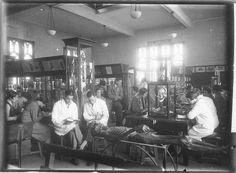 wilson museum, anatomy class, 1927. university of sydney.   Sciences