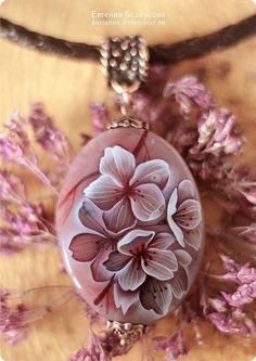 "Кулон с росписью ""Сакура"" (лаковая миниатюра) - сакура,цветы,цветок,розовый цветок"