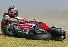 mo Ruben Xaus (Ducati 996 Team Infostrada), WSBK 2001.