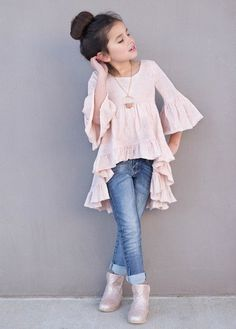 Royal Bambini - Joyfolie Boho Hi Lo Oberteil in Blush - Kindermodels - KidFashion Dresses Kids Girl, Little Girl Outfits, Little Girl Fashion, Cute Outfits, Little Girl Style, Boy Outfits, Dress Outfits, Baby Dresses, Dress Girl