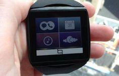 A Qualcomm entrou no mundo dos relógios inteligentes. Nesta quarta-feira, 4, a empresa, conhecida por fabricar processadores, apresentou o Toq, seu primeiro smartwatch. O dispositivo sincroniza com smartphones e exibe mensagens, ligações e outros alertas, como de calendário ou notificações do WhatsA