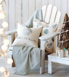 Beach House ♥ Coastal Decor. Moment's