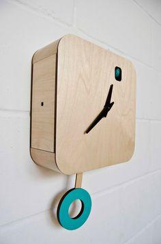 B83Box Plain Turquoise Cuckoo Clock with pendulum by pedromealha