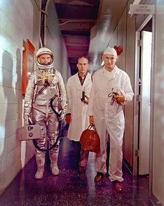 1962 ... John Glenn enroute to launch