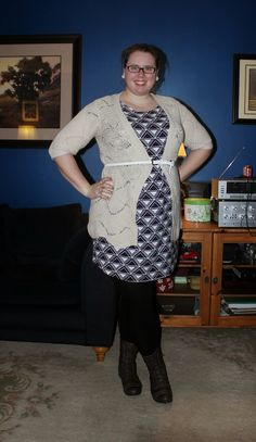 What Mama Wears: Summer dress, Winter Weather. Graphic print shift dress, crocheted cardigan, belt, tights, lace up boots. mom fashion, plus size fashion. Mom style, plus size style.