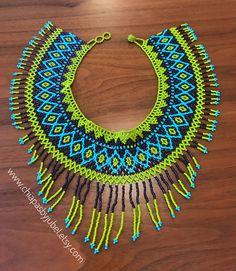bohemian handmade artisanal goods etthicaly made in Mexico. Native Beading Patterns, Beaded Necklace Patterns, Beaded Necklaces, Beaded Crafts, Handmade Beaded Jewelry, Free Beading Tutorials, Beading Techniques, Beaded Collar, Bead Art