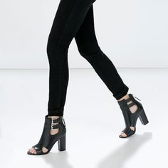 Cut-out leather bootie-Sandals-Shoes-WOMAN | ZARA Canada
