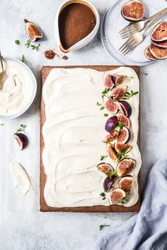 Soft, fluffy Caramel Sheet cake covered in tasty brown butter buttercream. A flourish of seasonal figs finishes off this delectable cake. By Emma Duckworth Bakes Butter Cream Cheese Frosting, Sheet Cake Recipes, Sheet Cakes, Salty Cake, Cake Cover, Brown Butter, Savoury Cake, T 4, Clean Eating Snacks