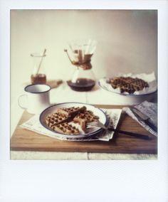 overnight oat waffles w/ lemon zest + poppy seeds (+ pomegranate honey!)