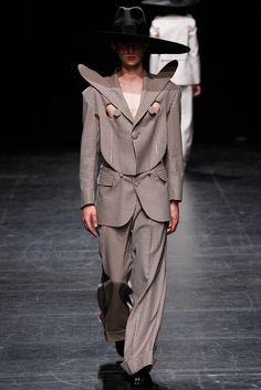 99c02eddf50f84 Walter Van Beirendonck Spring 2016 Menswear Fashion Show