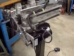 Bead Roller Modification Homemade bead roller modification constructed by adding a gearmotor using homemade CNC-cut plates and a reversing switch Sheet Metal Tools, Iron Tools, Homemade Cnc, English Wheel, Welding Shop, Metal Shaping, Beading Tools, Metal Working Tools, Metal Shop