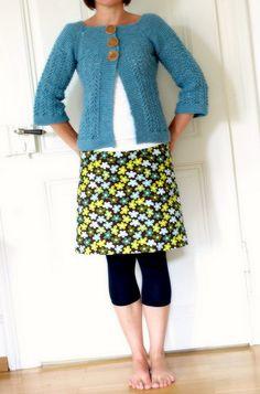 Ravelry: February Lady Sweater pattern by pamela wynne - Free Pattern Knitting Patterns Free, Knit Patterns, Free Knitting, Free Pattern, Only Cardigan, Estilo Hippy, Baby Sweaters, Cardigans For Women, Lady