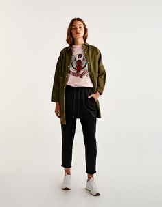 Jogging trousers with turn-up cuffs - Trousers - Clothing - Woman - PULL&BEAR United Kingdom