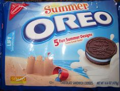 Oreo Turns 100 Years Old: Our Favorite Flavors Through the Years Weird Oreo Flavors, Pop Tart Flavors, Cookie Flavors, Sandwich Cookies, Oreo Cookies, Gourmet Recipes, Snack Recipes, Snacks, Chips Ahoy Chewy