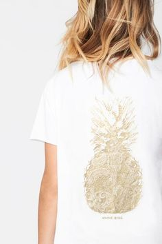 White | Raw hem detail | Gold printed pineapple | 100% Cotton | Made in Turkey  Model is 175cm and wearing size XS  XS: Length 23in,Width18in S:L