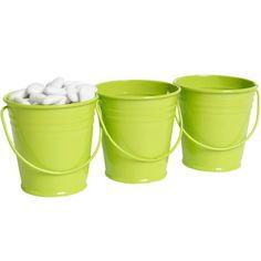 3 minis seaux verts anis, dim. Ø6xh.5,5 cm, aluminium. Peut s'utiliser en décoration pour mariage ou autre évènement. Vendu sans dragées.