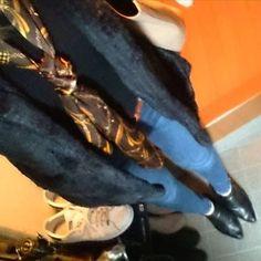 いつかのコーデ❤ スカーフはまりつつある。  #スカーフ#アニメ#マンガ#セルフネイル#ヘアセット#美意識向上#ケラスターゼ#ディーセス#プチプラ#ジーユー#ユニクロ#通販#セルフ#ネイル#ダイエット